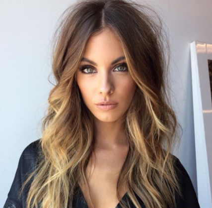 25 Long Haircuts That Add Volume and Texture to Thin Hair Types